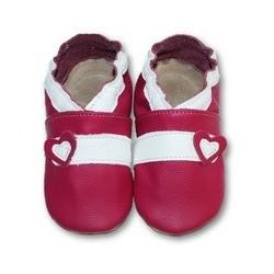 Coeur sur fond rouge 25